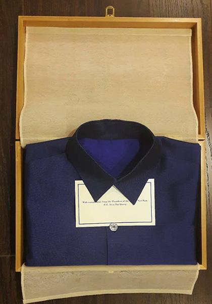 Bí mật về bộ trang phục mà Chủ tịch nước tặng các nhà lãnh đạo APEC - 9