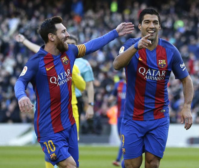 Ronaldo tịt ngòi: Đồng đội ghét thái độ, mơ được cung phụng như Messi - 2