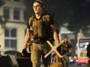 Thế giới - Chi tiết dàn mật vụ Mỹ đầy cơ bắp xách vũ khí bảo vệ ông Trump ở VN