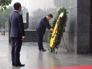 Tổng Bí thư, Chủ tịch Trung Quốc vào Lăng viếng Chủ tịch Hồ Chí Minh