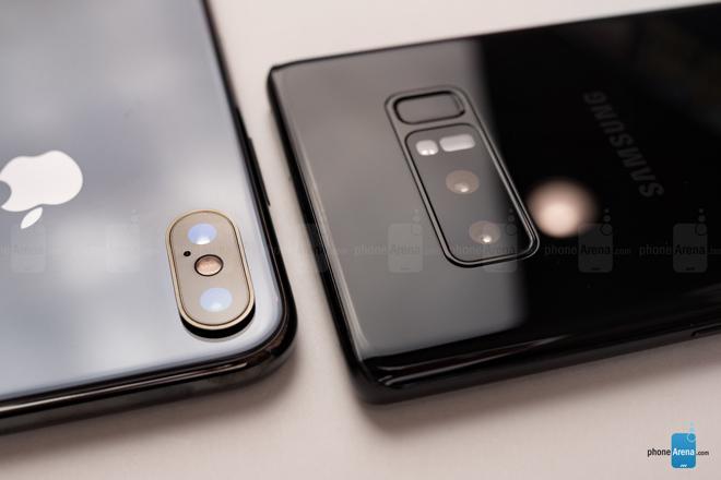 """So sánh iPhone X với Galaxy Note 8: """"Cuộc chạm trán nảy lửa"""" - 12"""