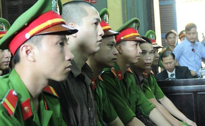 Nóng 24h qua: Ngày 17-11 tử hình Nguyễn Hải Dương - hung thủ giết 6 người ở Bình Phước