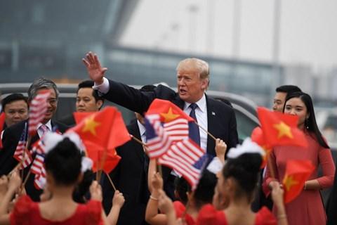 Forbes: VN là nước thành công nhất khi đón Tổng thống Donald Trump