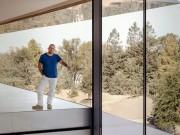 """Nghe Jony Ive kể về  """" thâm cung bí sử """"  của Apple"""