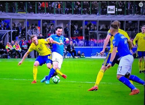 Chi tiết Italia - Thụy Điển: Nỗi đau khôn xiết (KT) 20