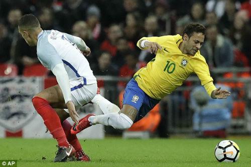 TRỰC TIẾP Anh - Brazil: Thế trận căng thẳng, chờ bàn bùng nổ 24