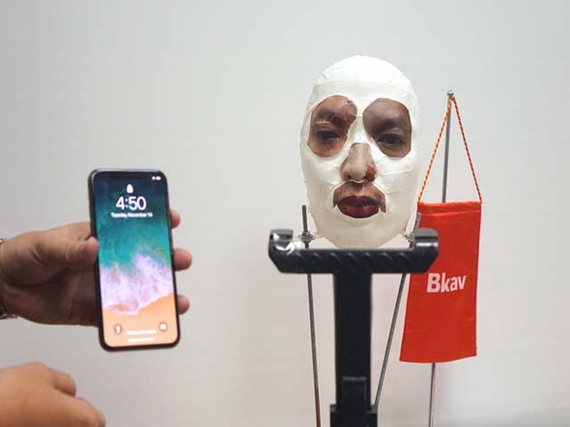 CEO Nguyễn Tử Quảng: iPhone X dễ bị đánh lừa bằng mặt nạ nửa thật nửa giả - 4