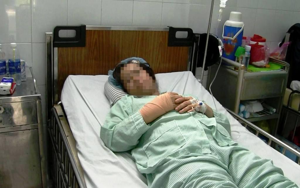 Nữ bác sĩ ở Sài Gòn bị cướp chém xối xả khi đang trên đường đi làm