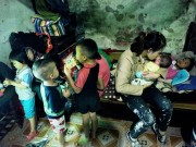 """Những lần vượt cạn  """" siêu tốc """"  của người phụ nữ 29 tuổi đẻ 8 con ở Hà Nội"""