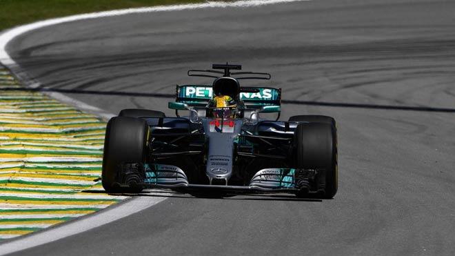 """Đua xe F1: """"Ngựa chiến"""" quần thảo, sắc đỏ bao trùm 2"""