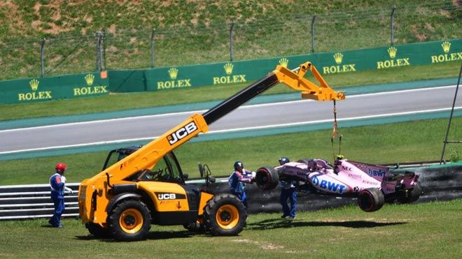 """Đua xe F1: """"Ngựa chiến"""" quần thảo, sắc đỏ bao trùm 3"""