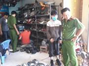 Cảnh sát mật phục bắt  nóng  kẻ bẻ trộm hàng loạt kính xe ô tô