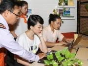 Theo chân Tóc Tiên, Duy Khánh và dàn sao trẻ đăng ký bảo hiểm miễn phí trực tuyến