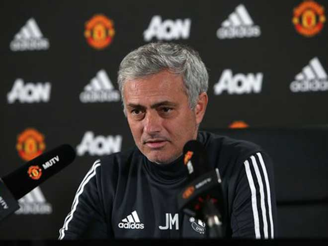 Họp báo MU - Newcastle: Pogba, Ibrahimovic, Rojo đồng loạt trở lại