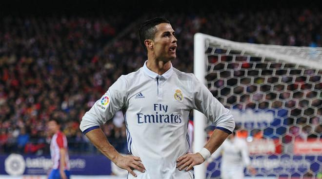 """Derby Madrid: """"Vua"""" Ronaldo lấy vía, Griezmann bung lụa chào hàng MU 1"""