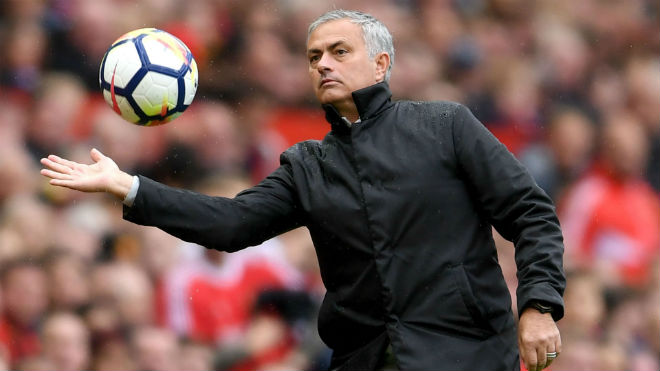 """MU ấp ủ kế hoạch """"bom tấn"""" với Mourinho: PSG sốc nặng 1"""