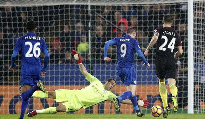 """Đua với MU: Man City lộ điểm yếu hàng thủ, Leicester dọa """"cày nát"""" 2"""