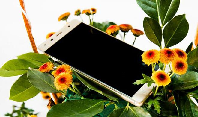 Đổ xô mua smartphone Ram 2G, Rom 16G, giảm giá còn 1,8 triệu đồng - 3