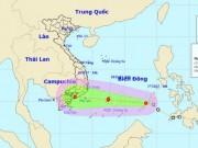 Áp thấp nhiệt đới giật cấp 9 di chuyển  thần tốc  vào Biển Đông