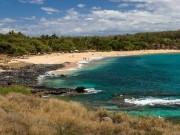 """Thú  """" chơi ngông """"  của tỷ phú: Chi 300 triệu USD mua đảo ở Hawaii làm  """" của riêng """""""