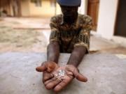 """Mỏ  """" vàng trắng """"  trữ lượng 1.000 tỉ USD tại Zimbabwe"""