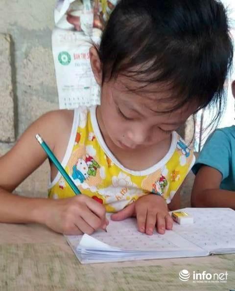 Huế: Hai vợ chồng cử nhân sư phạm dạy học miễn phí cho học sinh nghèo - 4