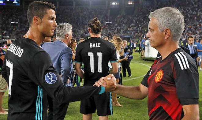 """Chuyển nhượng MU: Mourinho được hứa tặng 3 """"bom tấn"""" 3"""