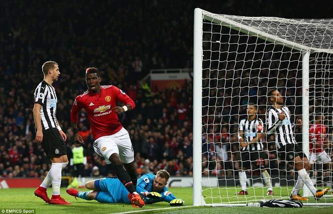 """Góc chiến thuật MU – Newcastle: Vũ điệu Pogba, """"dáng Quỷ"""" trở lại 1"""