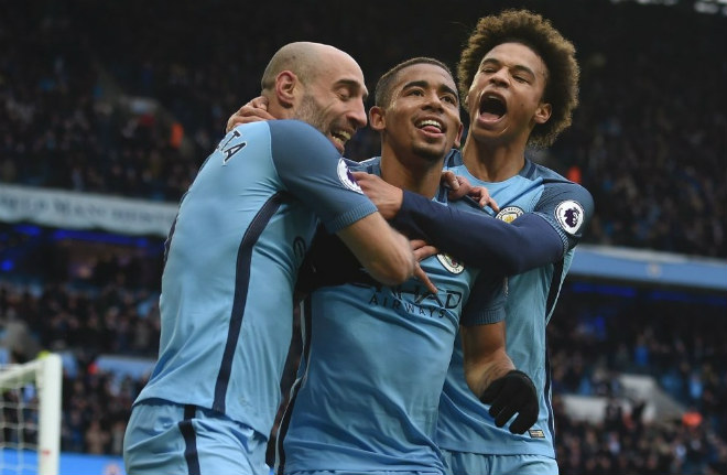Man City mơ 108 điểm, 126 bàn: Khủng khiếp nhất lịch sử Ngoại hạng Anh 1