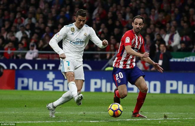 Ronaldo bị phản bội trắng trợn: Bỏ Real sang PSG cặp Neymar - 1
