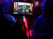 Tổng thống Zimbabwe lần đầu lên tiếng về yêu cầu từ chức
