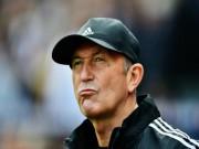 Tin HOT bóng đá sáng 21/11: Thua Chelsea, West Brom sa thải HLV