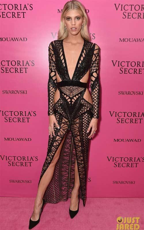 Hot girl Hollywood tái diễn lại sự cố váy xẻ hiểm tại thảm hồng - 13