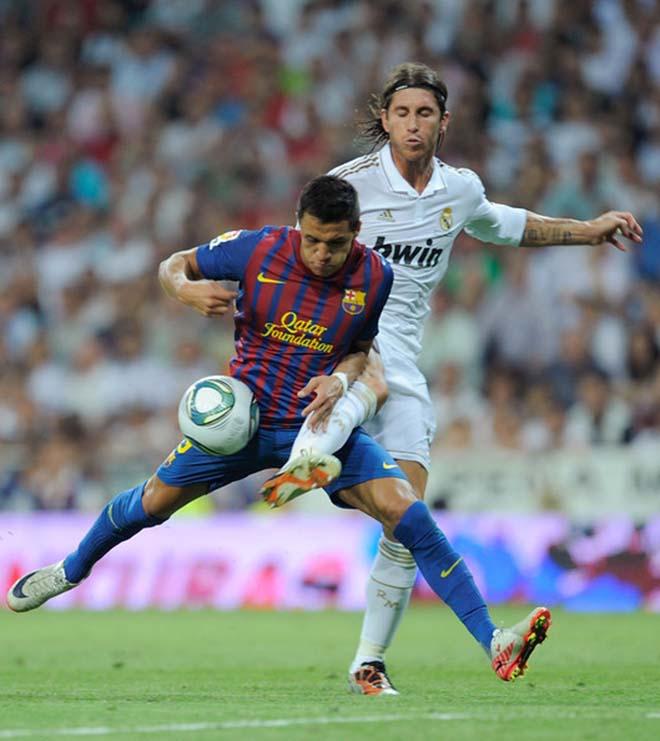 """""""Siêu kinh điển"""" chuyển nhượng: Barca mua Ozil, Real tậu Sanchez - 3"""