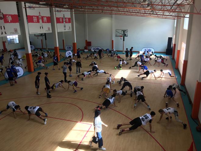 Vượt qua 5000 thí sinh, 16 tài năng nhí tiếp cận bóng rổ thế giới 6