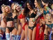 """Victoria s Secret Show 2017: Người mẫu mặc đồ lót mỏng tang, bị cảnh sát  sờ gáy """""""