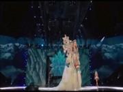 Nín thở xem màn diễn quá sexy của show nội y lớn nhất hành tinh
