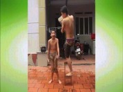 """Chàng trai Bắc Giang làm ảo thuật cực vi diệu  """" gây bão """""""