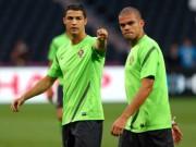 Sôi động cúp C1 ngày 21/11: Pepe rủ Ronaldo đến Besiktas