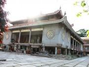 """Hồi hộp theo dõi  """" thần đèn """"  nâng chùa nặng hơn 2.000 tấn lên 3m"""