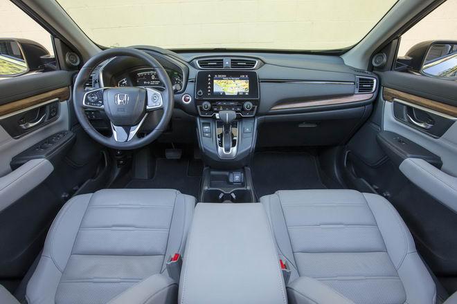 Honda CR-V 2017 & Mazda CX-5 2017: Xe nào tốt hơn? - 8