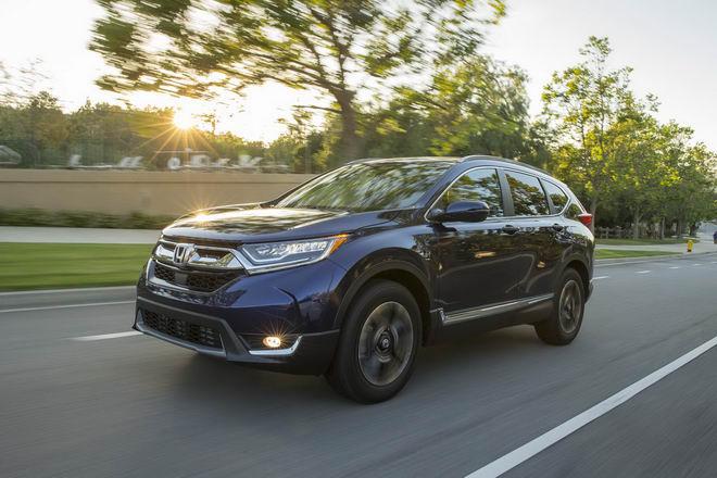Honda CR-V 2017 & Mazda CX-5 2017: Xe nào tốt hơn? - 11