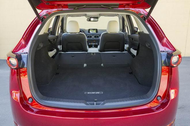 Honda CR-V 2017 & Mazda CX-5 2017: Xe nào tốt hơn? - 6