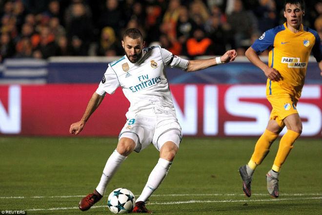 """Tuyệt tác cúp C1: Ronaldo – Benzema """"giải hạn"""", Liverpool bị rượt đuổi điên rồ 2"""