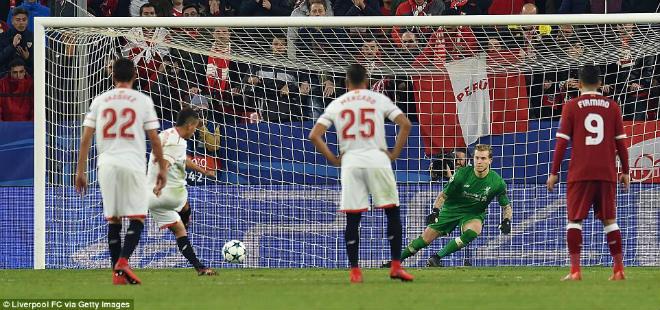 """Tuyệt tác cúp C1: Ronaldo – Benzema """"giải hạn"""", Liverpool bị rượt đuổi điên rồ 11"""