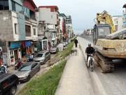 HN: Thi công cầu vượt An Dương - Thanh Niên, đường Nghi Tàm ùn tắc kéo dài
