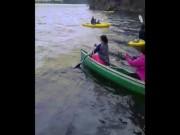 """"""" Tê tái """"  với tai nạn dưới nước trong trời lạnh"""