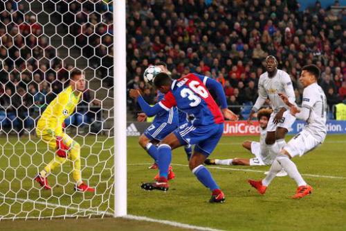 Chi tiết Basel - MU: Cú sốc cuối trận (KT) 21