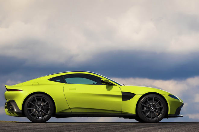 Tuyệt tác Aston Martin Vantage 2018 giá 3,4 tỷ đồng - 6