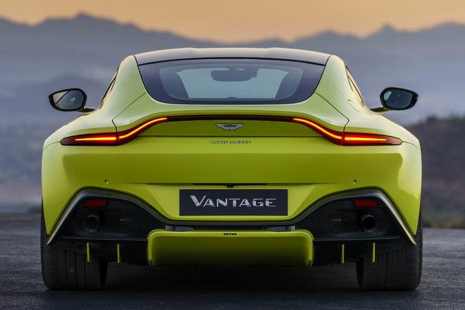 Tuyệt tác Aston Martin Vantage 2018 giá 3,4 tỷ đồng - 3